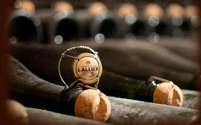 <!--:fr-->Le Champagne, vin de la civilisation – Talleyrand<!--:-->