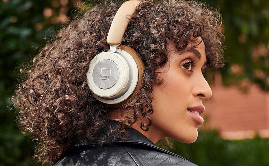 Casques d'écoute sans fil Dali IO-6 et IO-4